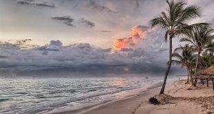 beach 1236581 1920