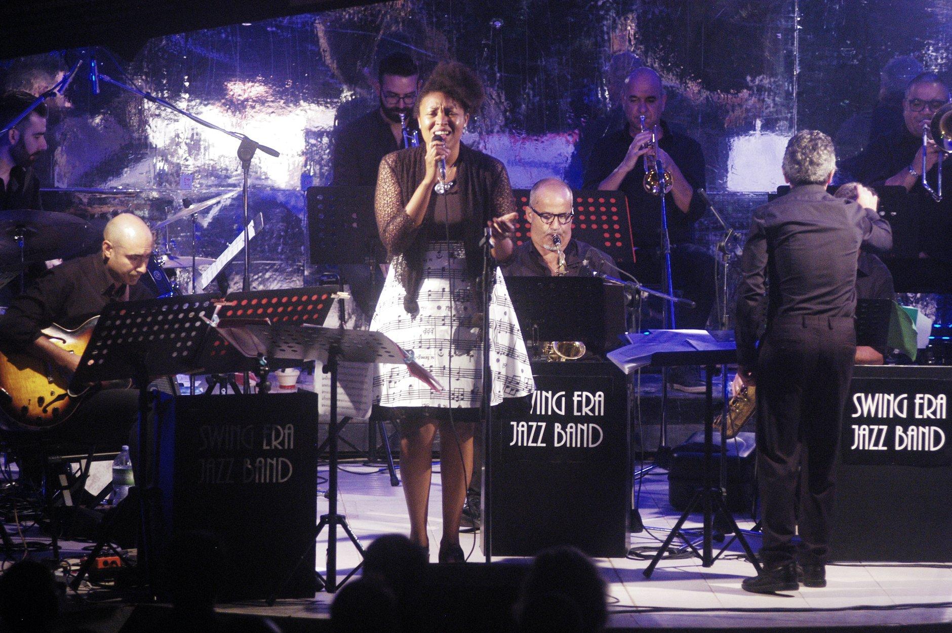 Swing Era Jazz Band Denise Gueye ph. G. Palitta 1