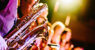 saxophones 691224 1920 1