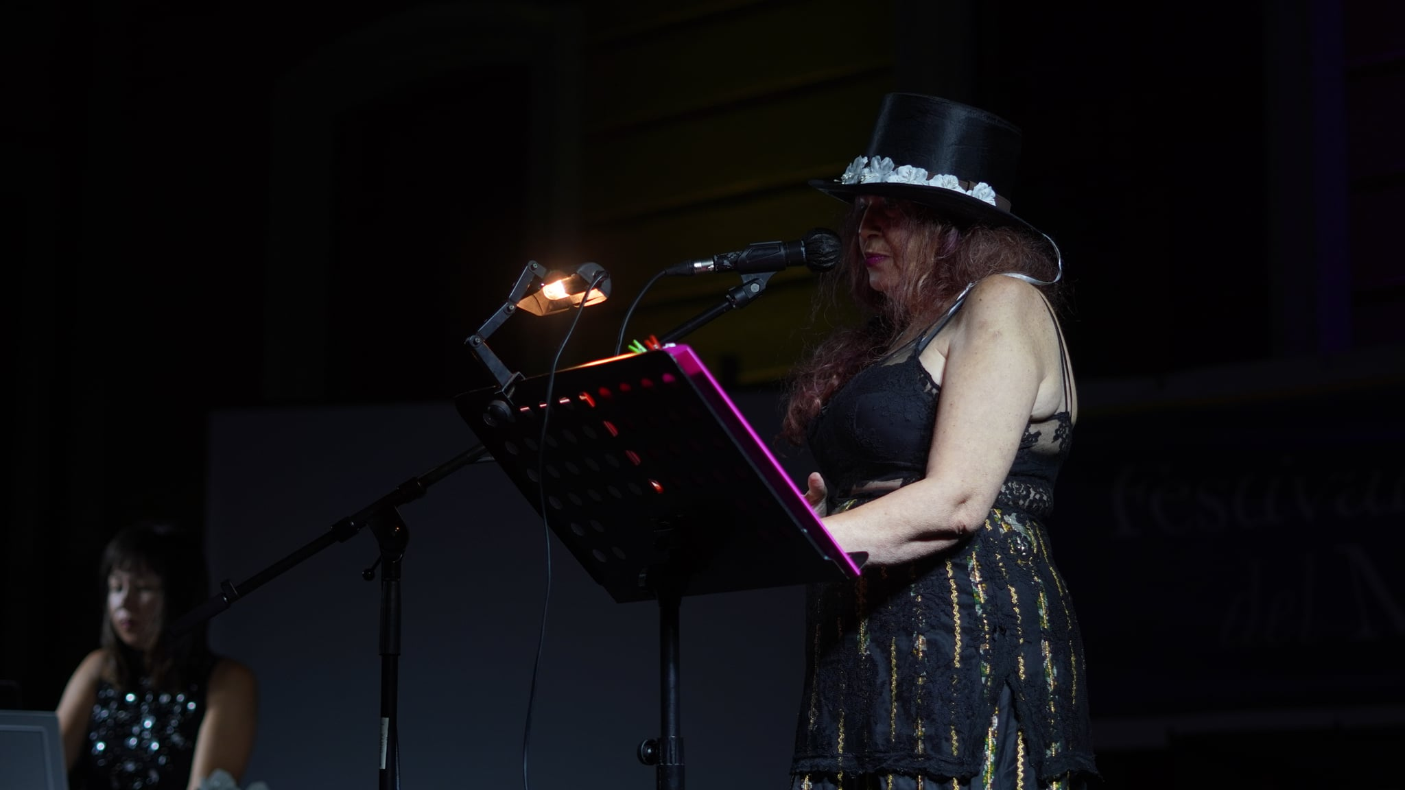 Reading poesia Savina Dolores Massa