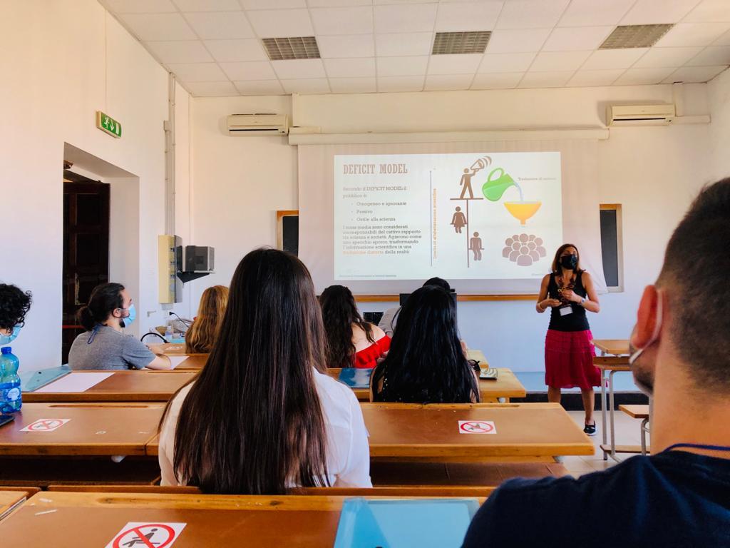 Workshop Children University Laboratorio scienza
