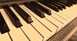 piano g9979cd19c 1920